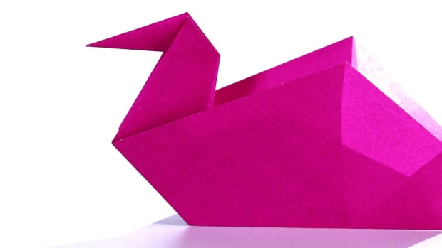 L. How to Make an Origami Swan Promo Image