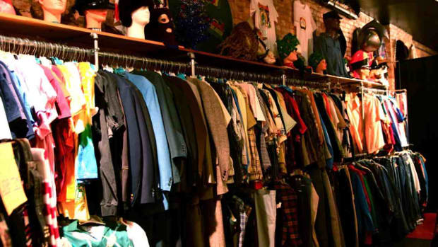 T. How to Shop Thrift, Consignment & Vintage Stores in NYC Promo Image