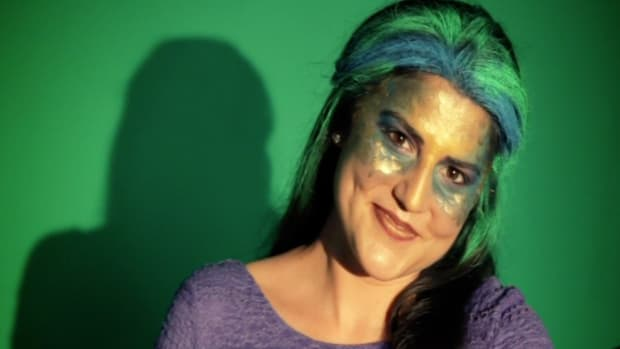 S. How to Do Mermaid Face Makeup Promo Image