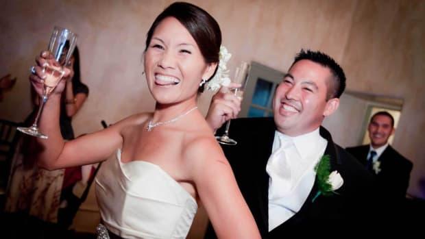 ZZ. How to Take Digital Photography Wedding Candids Promo Image