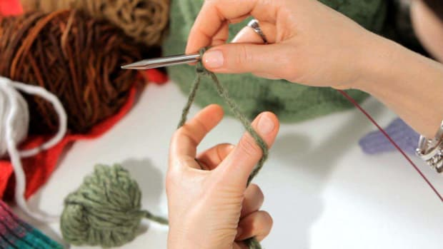 J. How to Do a Long-Tail Cast-On in Knitting Promo Image