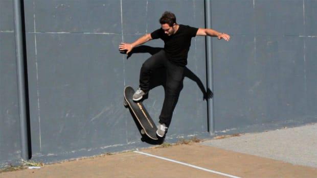 ZH. How to Do a Wallride on a Skateboard Promo Image