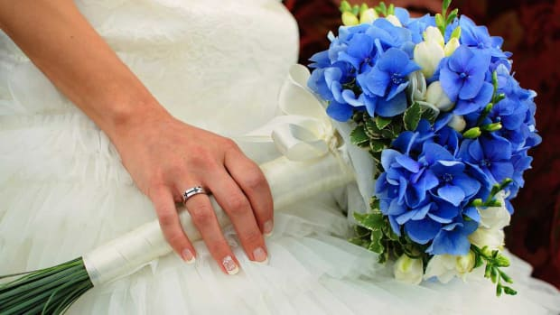 ZO. 6 Tips about Blue Flowers for a Wedding Promo Image