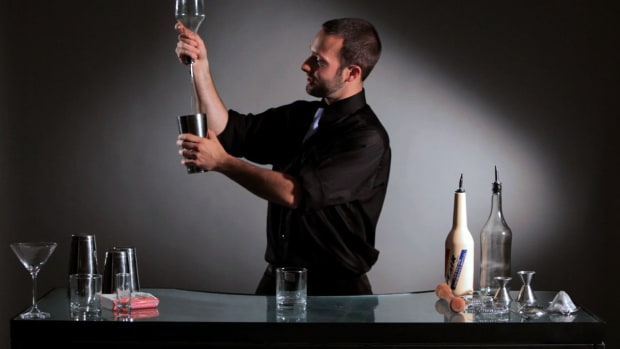 Q. How to Do a Flip to Pour Flair Bartending Bottle Trick Promo Image