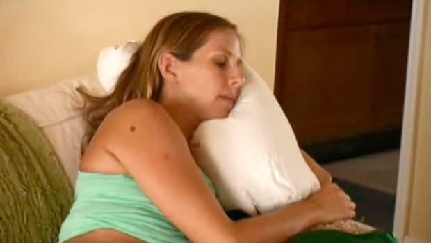K. How to Combat Pregnancy Fatigue Promo Image