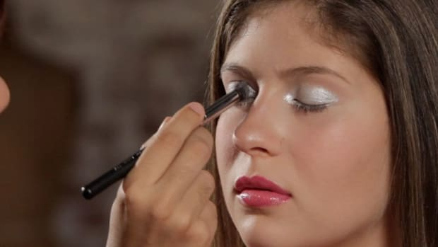 B. How to Do Barbie Eye Makeup Promo Image