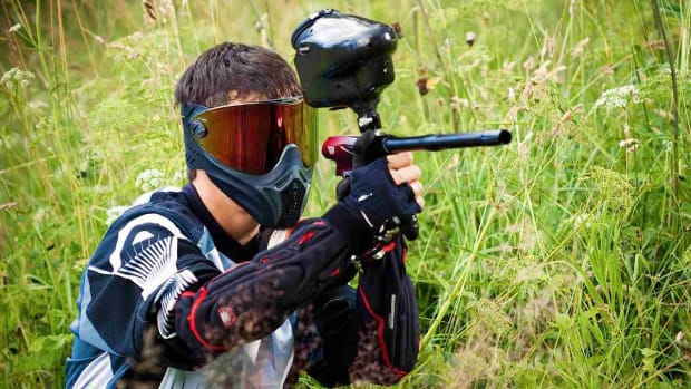 E. How to Use a Paintball Gun or Paintball Marker Promo Image