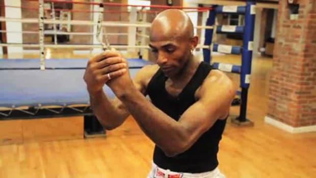Q. How to Do a Thai Plum for UFC Training Promo Image
