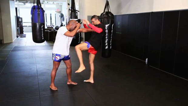 ZG. How to Defend against Knee Attack in Muay Thai Kickboxing Promo Image