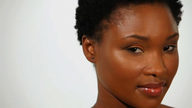 Y. How to Apply Bronze Makeup for Black Women Promo Image