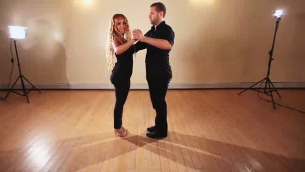 ZB. How to Do the She Goes He Goes Salsa Dance Step Promo Image