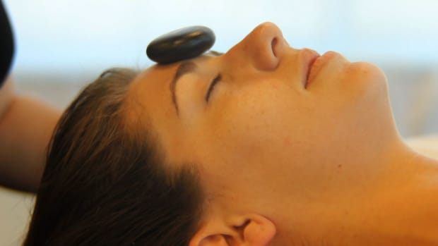 X. How to Place Stones for a Facial Massage Promo Image