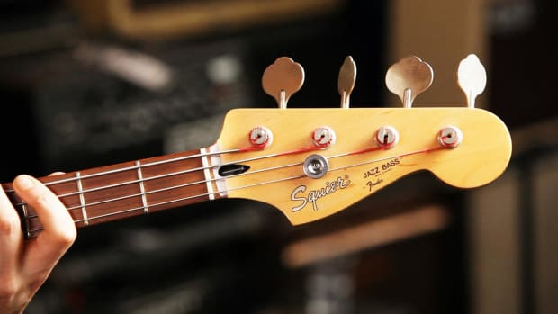 C. Fender Jazz Bass Guitar Basics Promo Image