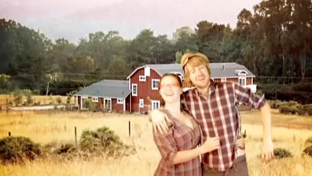T. How to Choose a Farm Vacation Promo Image