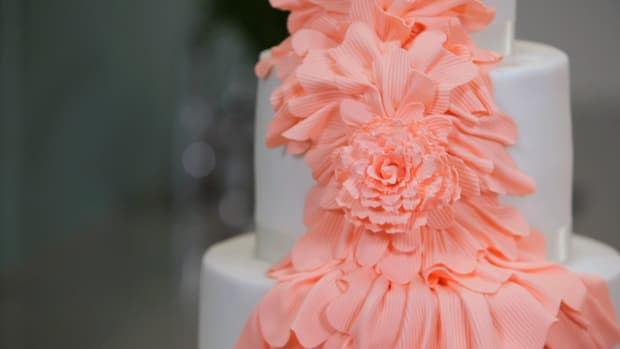Lesson 7: Making a Ruffled Flower Promo Image