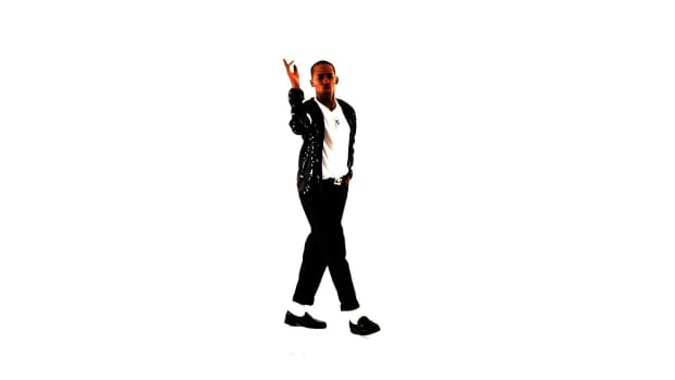 V. How to Do a Head & Foot Walk like Michael Jackson Promo Image