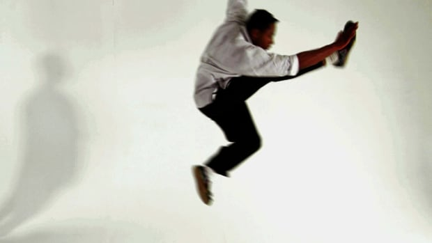 ZX. How to Do a Jump Front Kick in Shaolin Kung Fu Promo Image