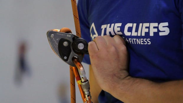 ZD. How to Pick the Right Belay Device for Indoor Climbing Promo Image