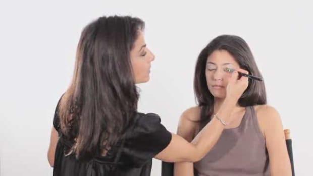 P. How to Do Natural Makeup Promo Image