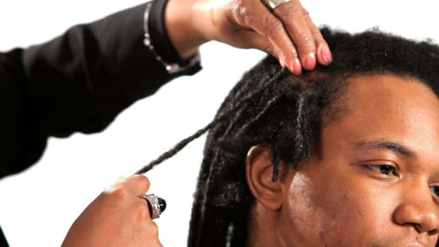 R. How to Tighten Loose Dreads Promo Image
