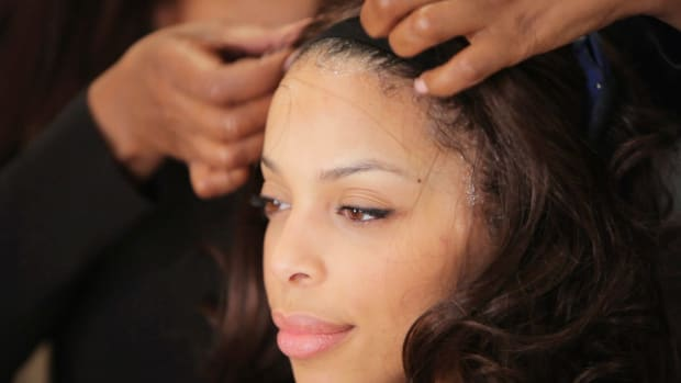 J. How to Take Off a Lace Front Wig Promo Image