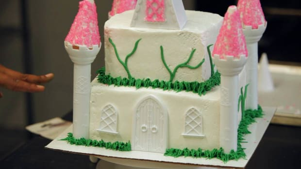 Y. How to Add Vines to a Princess Castle Cake for a Kids' Party Promo Image