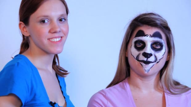 ZB. How to Paint a Panda Bear with Face Paint Promo Image