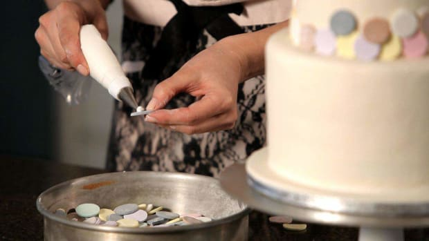 G. How to Decorate a Wedding Cake with Candy Promo Image