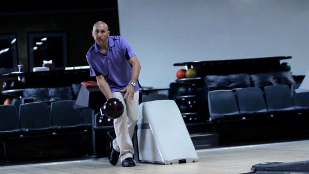 U. How to Have Good Follow-Through in Bowling Promo Image