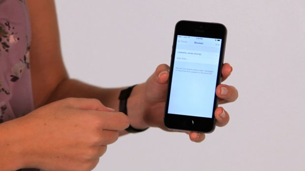 ZM. How to Block a Phone Number on an iPhone Promo Image