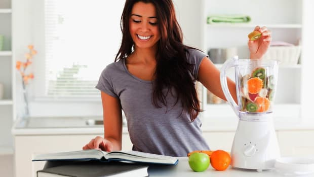 R. Essential Kitchen Tools & Appliances for a Raw Food Diet Promo Image