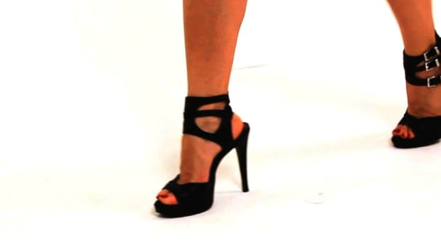 S. How to Walk in High-Heeled Ankle Strap Shoes Promo Image