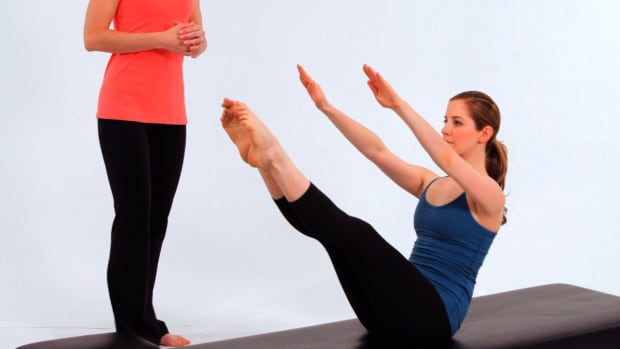ZZH. How to Do Teaser 4 in Pilates Promo Image