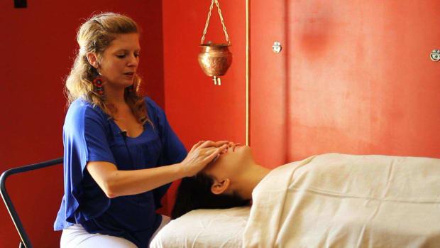 C. What Is Panchakarma in Ayurvedic Massage? Promo Image