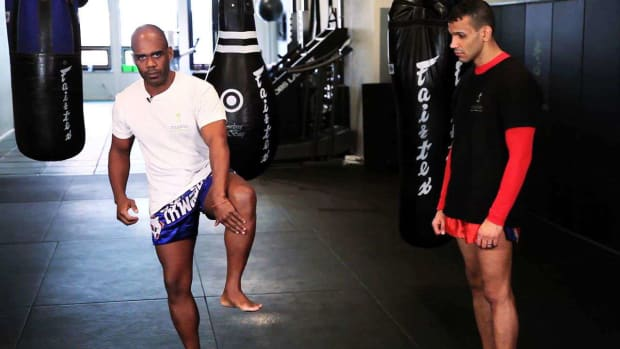 ZF. How to Check Leg Kicks in Muay Thai Kickboxing Promo Image