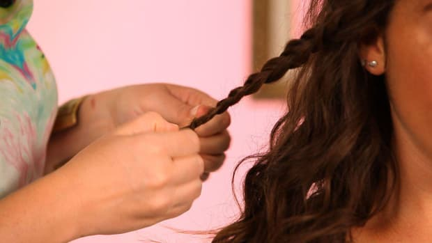 ZE. How to Braid Curly Hair Promo Image