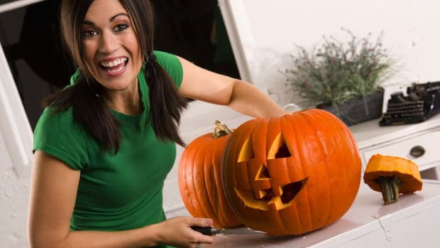 ZF. 3 Ways to Make Halloween Eco-Friendly Promo Image
