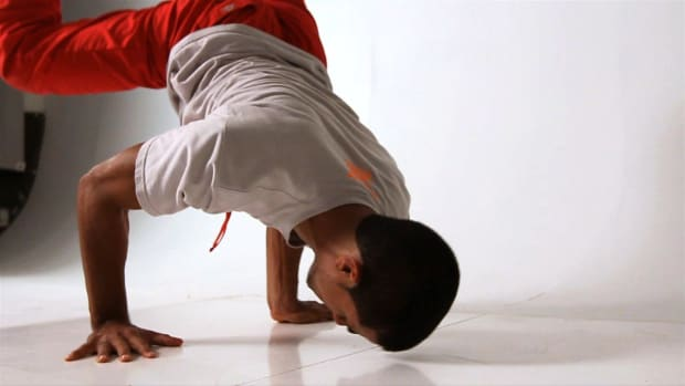 ZD. How to Do a Turtle Freeze to a Headstand in Break Dancing Promo Image