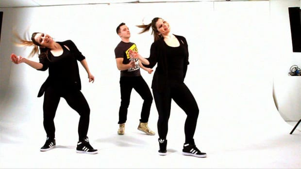 Q. 3 Easy Dance Moves Promo Image