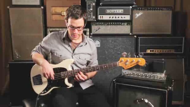 ZZZR. How to Play a C Minor Triad on Bass Guitar Promo Image