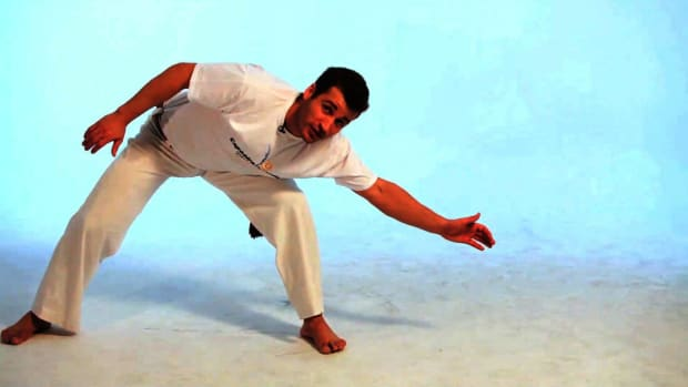 M. How to Do the Au in Capoeira Promo Image
