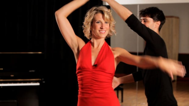 ZL. How to Do a Mambo Ladies Underarm Turn Promo Image