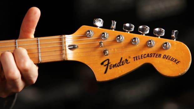 B. Fender Telecaster Deluxe Guitar Basics Promo Image