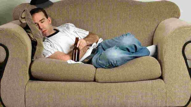 O. How Alcohol Affects Sleep Promo Image