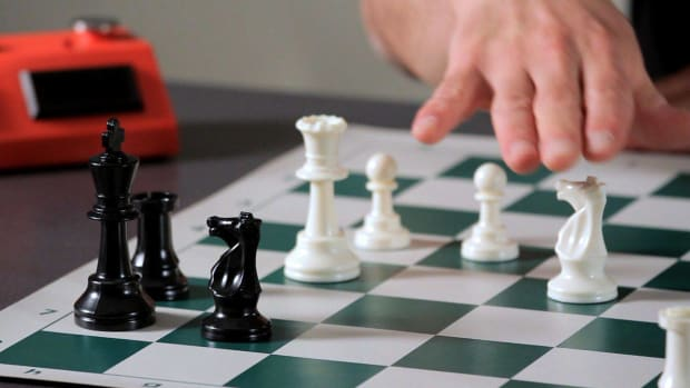 S. How to Understand Chess Combinations Promo Image
