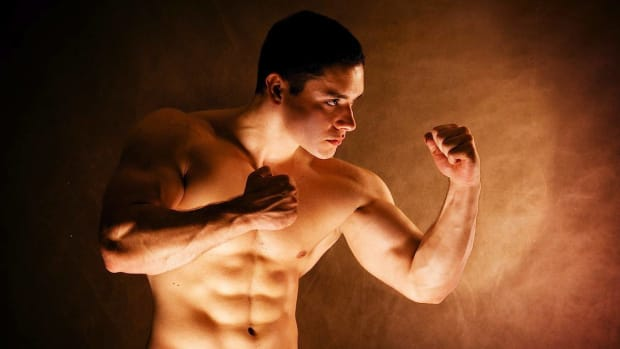 E. How to Use Protein Powder to Build Muscle Promo Image
