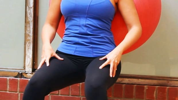 ZZI. How to Do a Squat for a Post-Baby Workout Promo Image