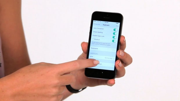 ZA. How to Make Keyboard Shortcuts on an iPhone Promo Image