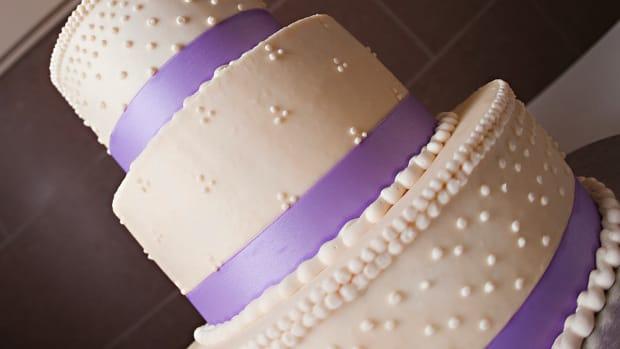 T. Wedding Cake Options Promo Image