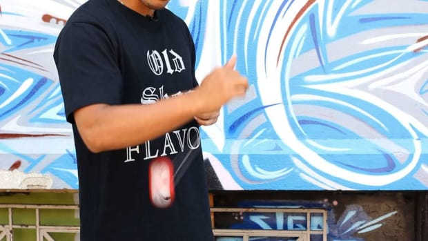 H. How to Do the Hop the Fence Yo-Yo Trick Promo Image